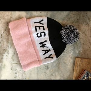 Accessories - Yes way rose winter hat Pom pom beanie